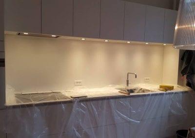 Fliser over køkkebordplade